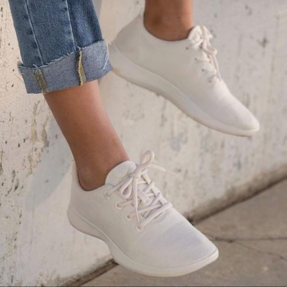 Womens Natural White Wool Runners